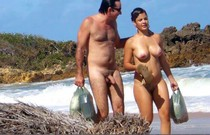So hot couple - spy beach shot