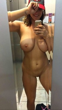 Bbw Milf Big Boobs