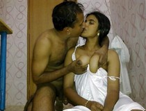 Desi new wed couple Suhag raat kissing and hot chudai photo
