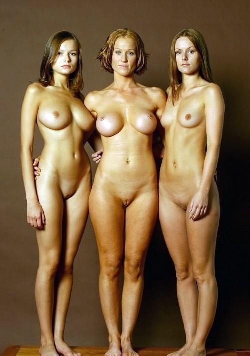 голые женьшины фото
