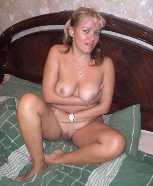 image Blonde private amateur middle age milf mom blowjob and cock riding