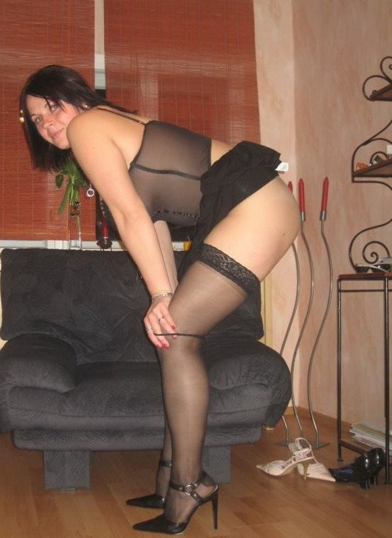 image Real housewife in stockings gets fucked