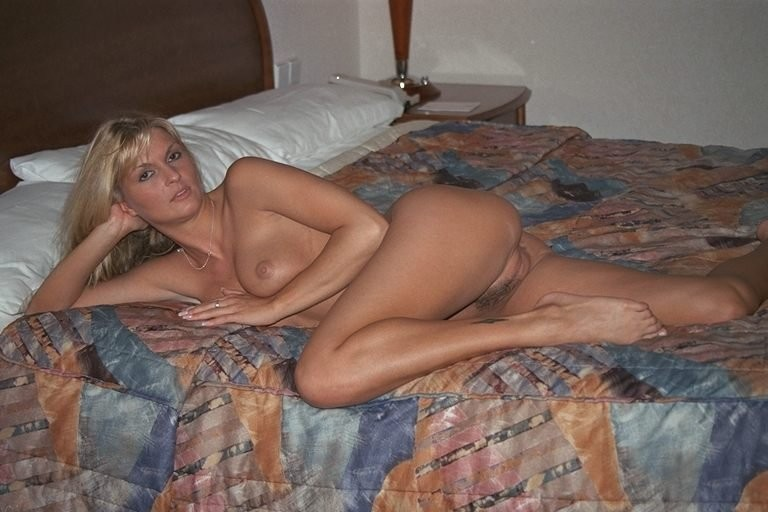 Homemade amateur mature blonde nude wife afraid all?