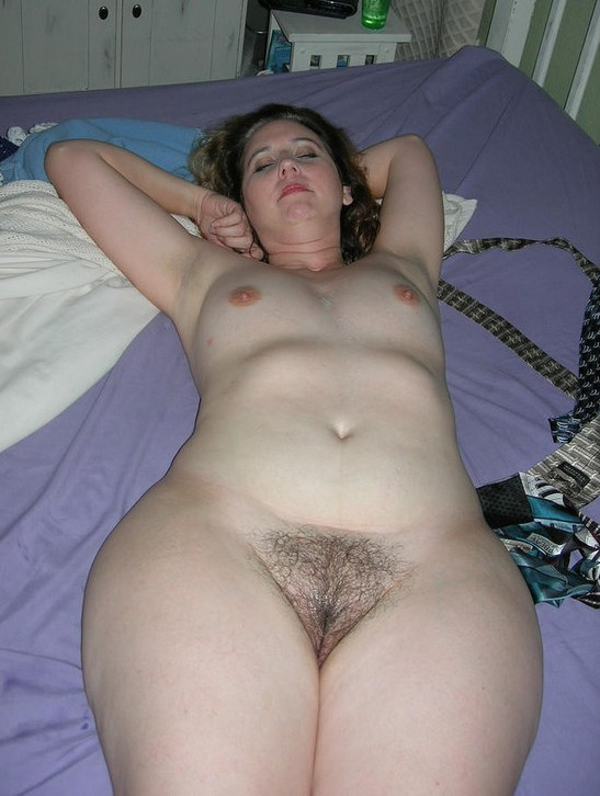 Hairy mature big tits wide hips