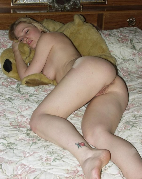 Sleeping wife nude pics