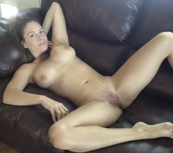 Submitted mature nude women