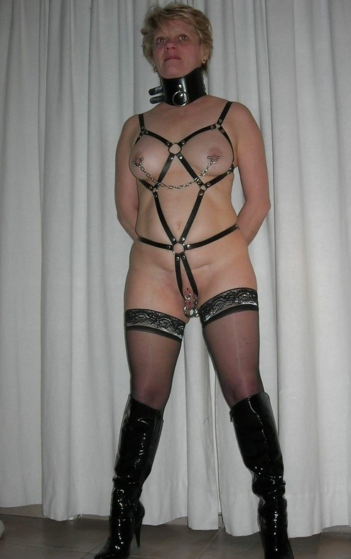 free nylon bondage galleries
