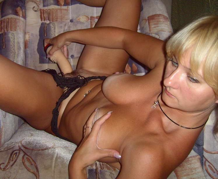 Homemade amateur wife tan lines nude