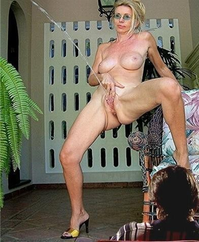 girls naked from athens al