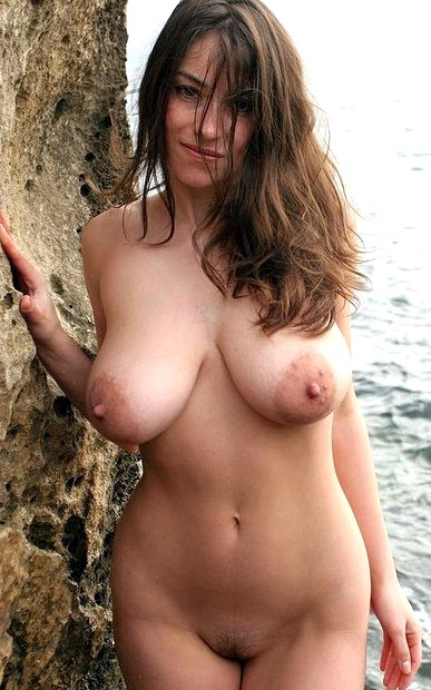 Boobs Pics Of Stunning Nude Mature Pic